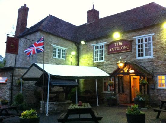 The Antelope Inn: The Antelope, Lighthorne, near Warwick
