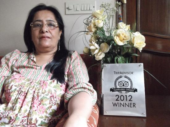 Aashiyan Bed & Breakfast: Kiran with the Travellers Choice Award 2012