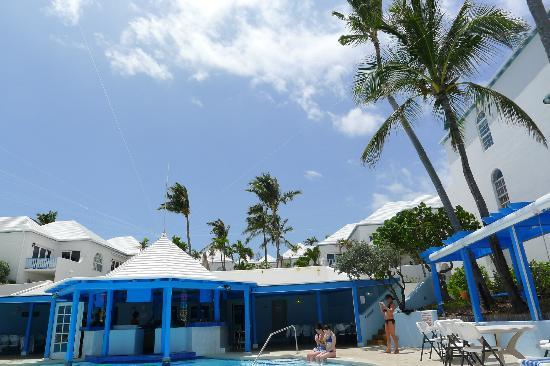 Paradise Island Beach Club: Laying by the pool looking back up at the resort property.