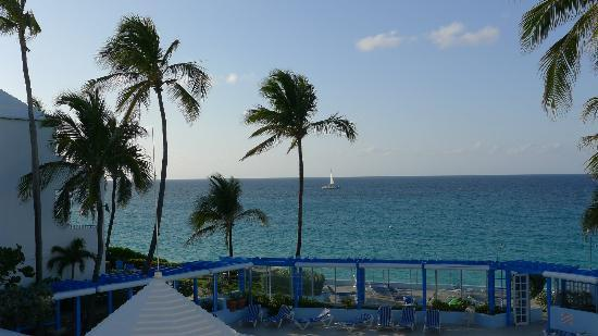 Paradise Island Beach Club: Additional view from our villa.