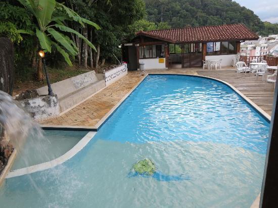 Hotel Coquille - Ubatuba: Piscina do hotel