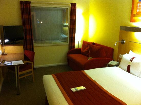 Holiday Inn Express London - Park Royal: Camera