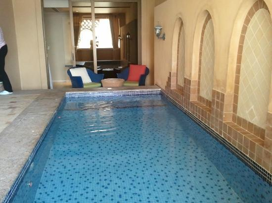 Arjaan by Rotana: Private swimming pool