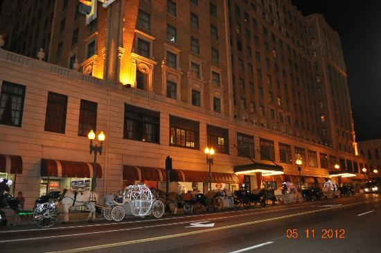 Hotels With Adjoining Rooms In Memphis Tn