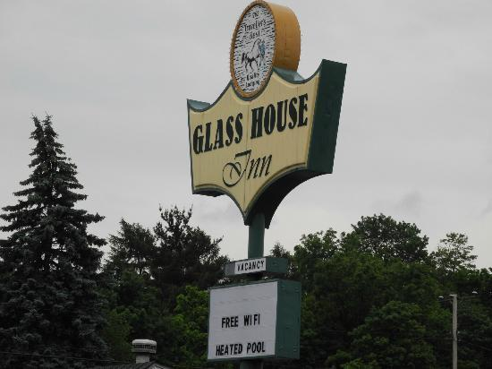 Glass House Inn: Entrance sign during day