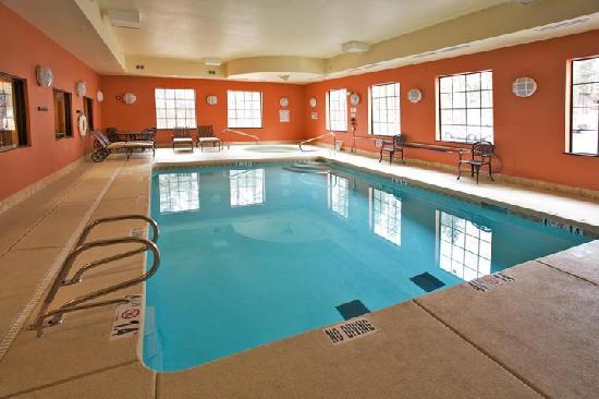 Hotel Ruidoso - Midtown: Indoor Heated Pool and Spa