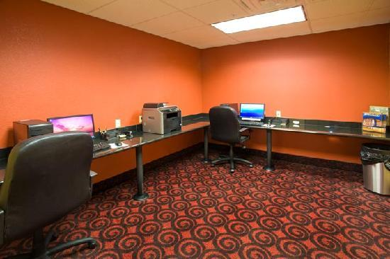 Hotel Ruidoso - Midtown: Business Center with high speed internet