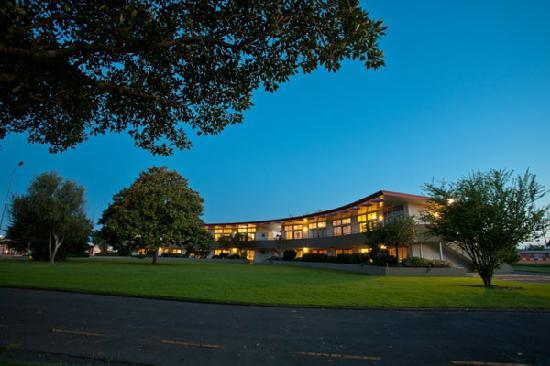 Kennedy Park Resort Napier: Accommodation options in park-like setting
