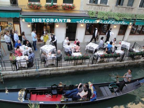 Gio & Gio Bed and Breakfast: Room Balcony View at Ristorante