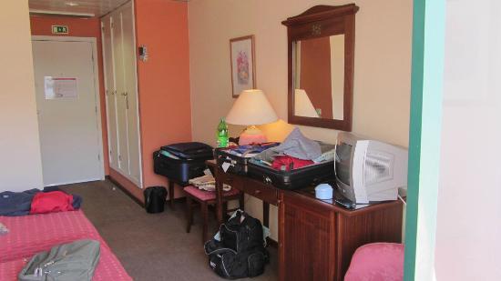 Hotel Dom Fernando: chambre