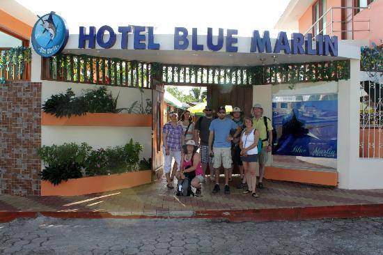 Blue Marlin Hotel : Entrance to the hotel