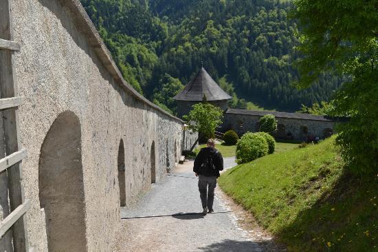Werfen, ออสเตรีย: Steep Path Down