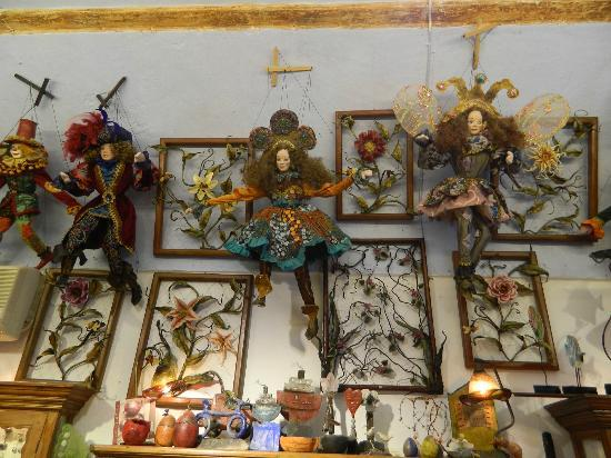 Merovigliosso Apartments: Wonderful Shop in Oia
