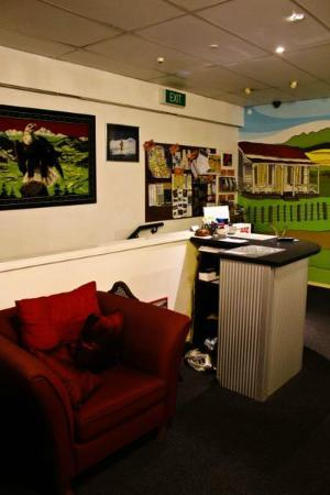 Eagles Nest Backpackers: reception