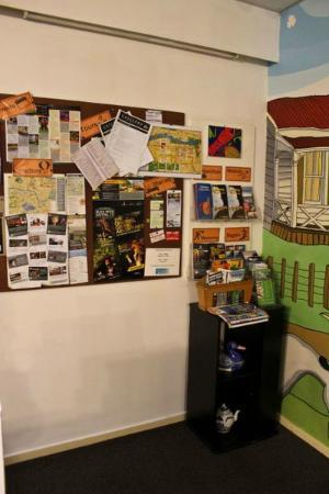 Eagles Nest Backpackers: information area