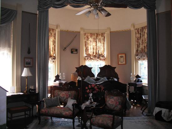 The Empress of Little Rock: One of the bedrooms with a sitting area.