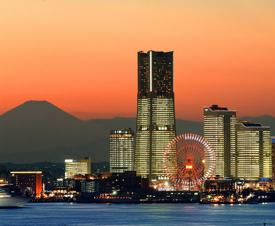 Yokohama Royal Park Hotel: ようこそ、Yokohama Sky Resortへ