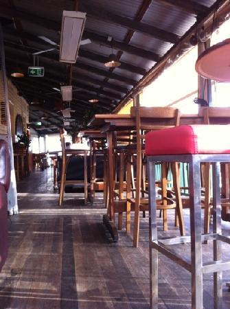 Balcony Bar & Oyster Co : the balcony