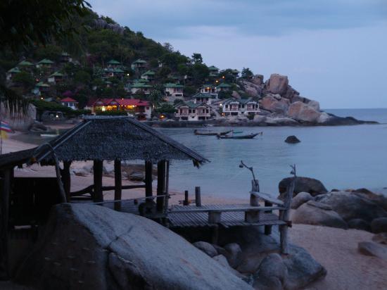 Black Tip Diving & Water Sports IDC Resort : Tanote Bay abends