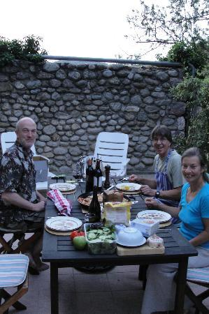 Mas Bellonte: dinner on the terrace with Malcolm and Lynn