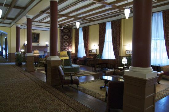Hotel Colorado: The lobby