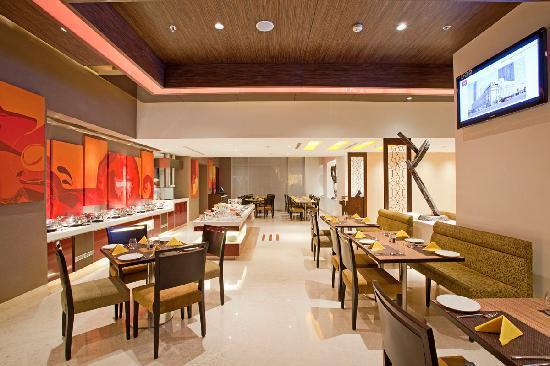 Ibis Mumbai Airport: Spice IT - Restaurant