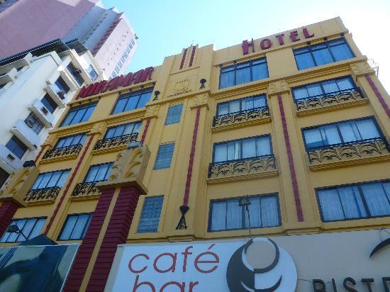 New Hotel Miramar: Front