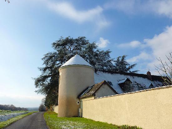 """Domaine de la Roche : La tour où est située la suite """"Tour"""""""