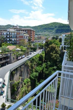 Hotel Plaza: Aussicht Zimmer 403