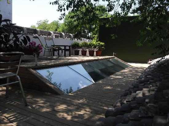 بكين هوتونجرن كورت يارد هوتل: terrace the window