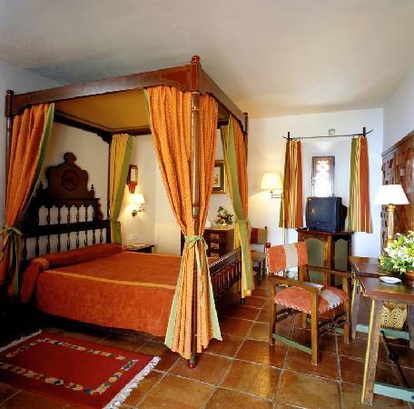 Parador de Jaén: habitación superior