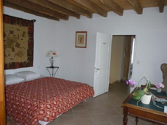 Chambres d 39 hotes de champ fleuri hotel angoul me france for Chambre hote angouleme