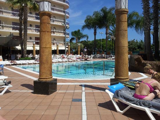 Reymar Hotel: Piscine