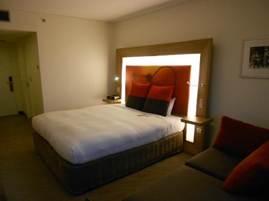 โรงแรมโนโวเทลซิดนีย์โอลิมปิคพาร์ค: キングサイズベッド