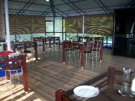Hollyhock: Restaurant