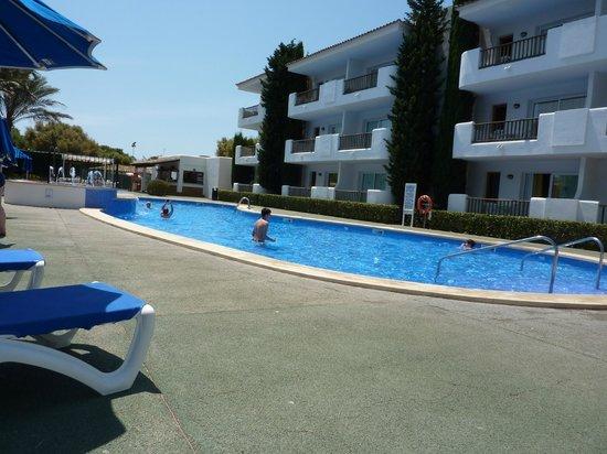 Inturotel Esmeralda Garden: Pool side