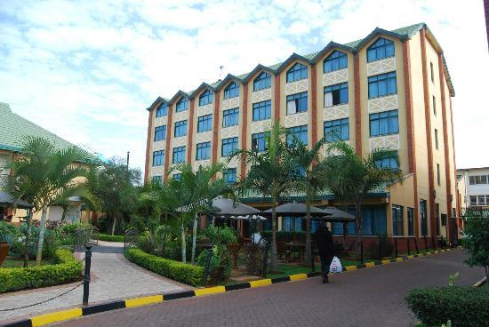 Boma Inn Nairobi: View of the front of the hotel