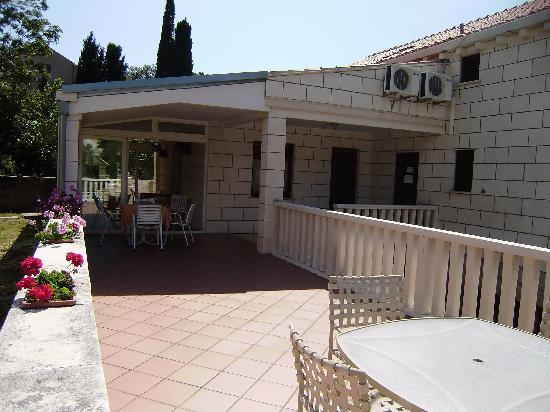 Villa Radovic: shared terrace