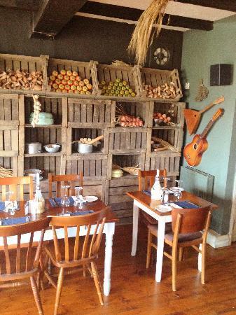 Tavistock Italia Gastro Pub at The Board Inn: Retro 2
