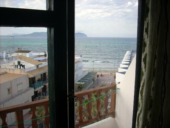 Hotel Galaxia: View from our room to the sea and beyond.