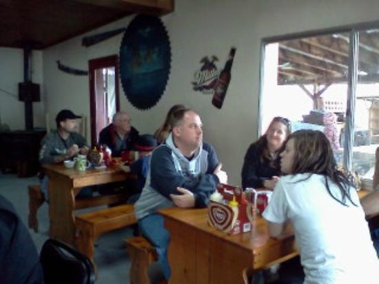 Ola Inn Cafe: Family and Friends