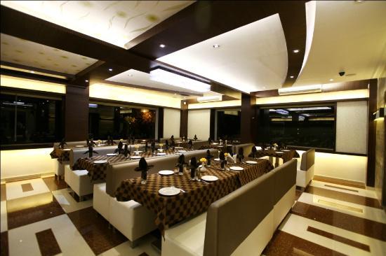Hotel Atithi: Ambrosia - The Restaurant