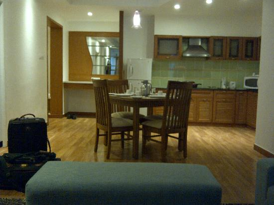 Melange Luxury Serviced Apartments: The view from the living room