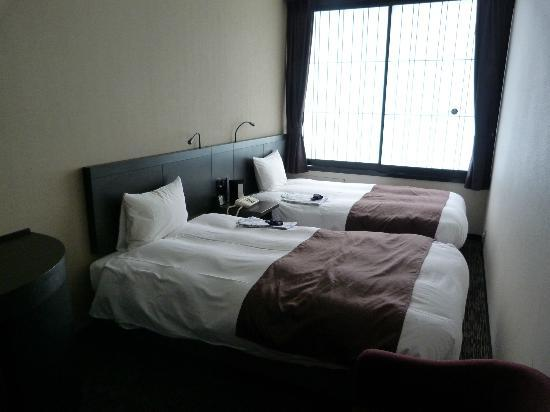 Kyoto Tower Hotel: Twin share room