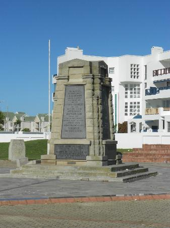 Piet Retief Monument
