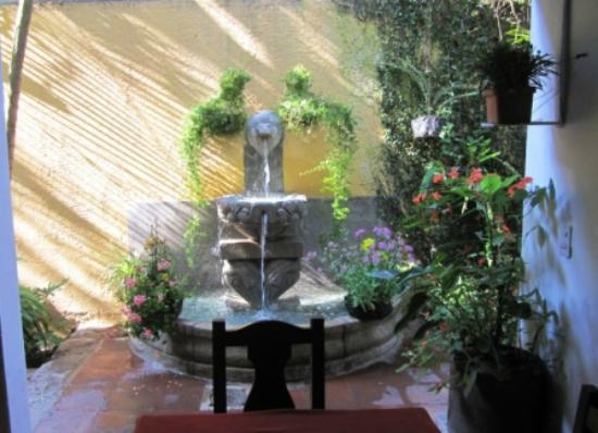 Hotel Posada Del Hermano Pedro: Dining area