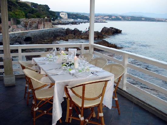 Hotel Leopoldo : Lungomare Punta Righini dal ristorante La Baracchina