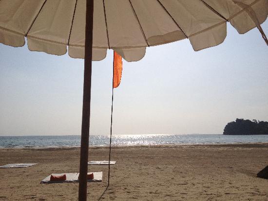 โรงแรมคอสต้า ลันตา: Beach - private section