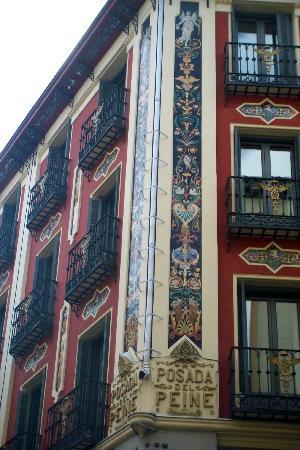 Petit Palace Posada del Peine: Outside Corner
