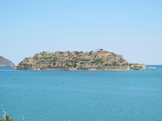 Happy Train: Spinalonga from train